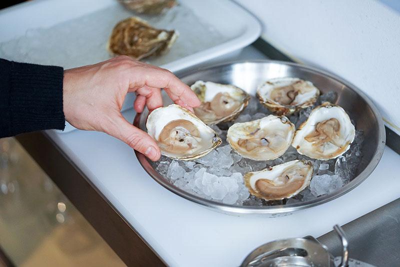 Dónde comer las mejores ostras del mundo sin salir de Madrid
